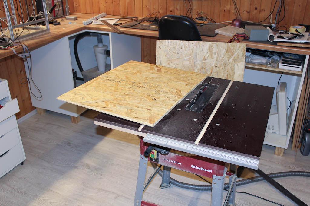 mehr stauraum f r die werkstatt mit schubladen aus osb. Black Bedroom Furniture Sets. Home Design Ideas